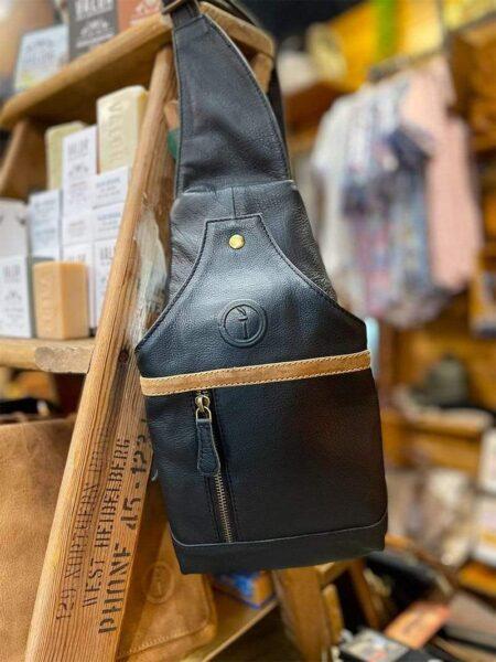 Gaffney Sling Bag Black